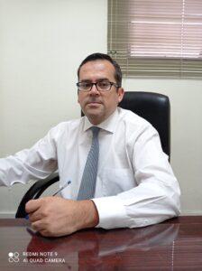 Pr. Rodrigo Hormazábal